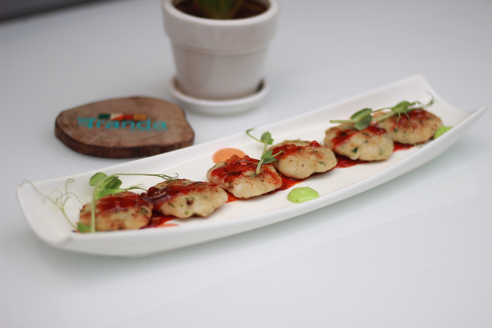 Crab Cakes , signature cakes of Veranda were made up of crab meat, chopped prawn, galangal, soy and served with chilli sauce. Lovely presentation and probably a dish for all the crab lovers out there.