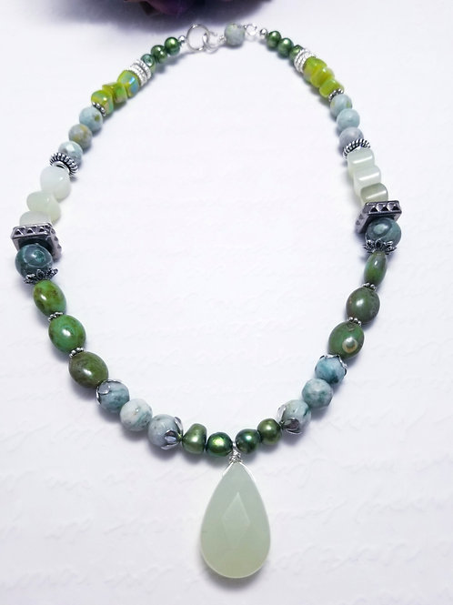 Winter Verdis Multi Green Necklace