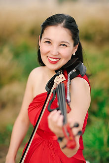 Electric violin player