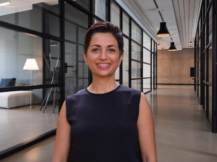 Dr. Lina Abirafeh on Beauty Norms and Societal Pressures on Women to Conform