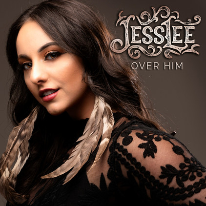 """EXCLUSIVE interview with """"The Voice"""" Singer JessLee"""