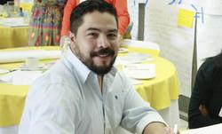 Dr. Rafael Calderón