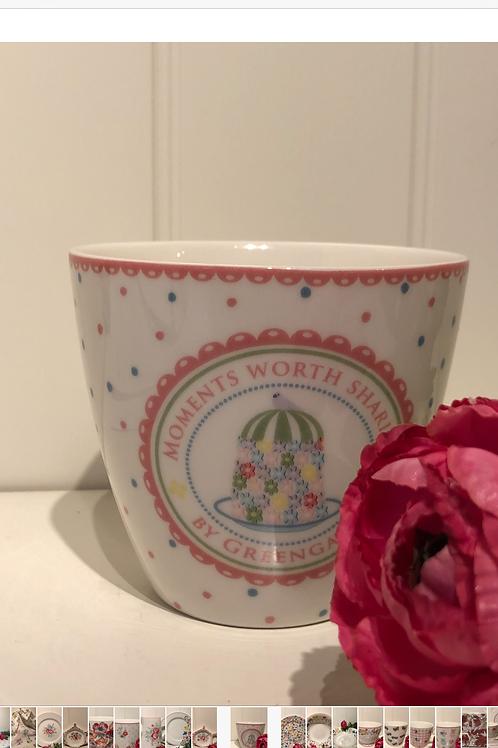 Latte cup tenna white