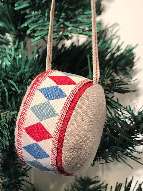 Tromme stof til juletræet