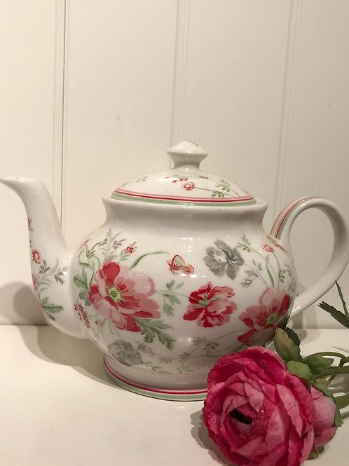 Tea pot medow white