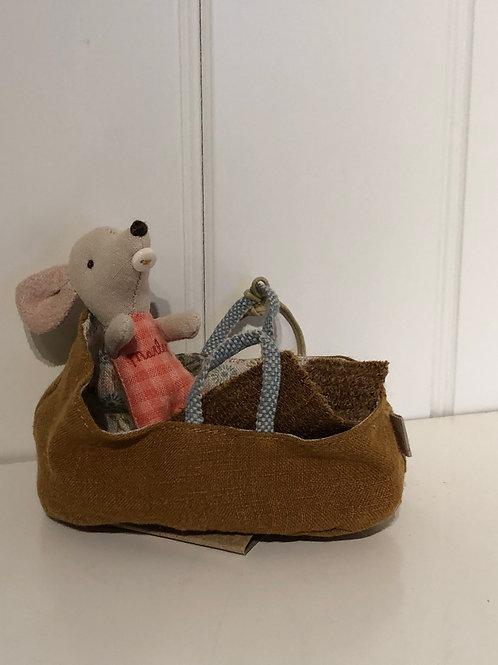 Baby mus i lift