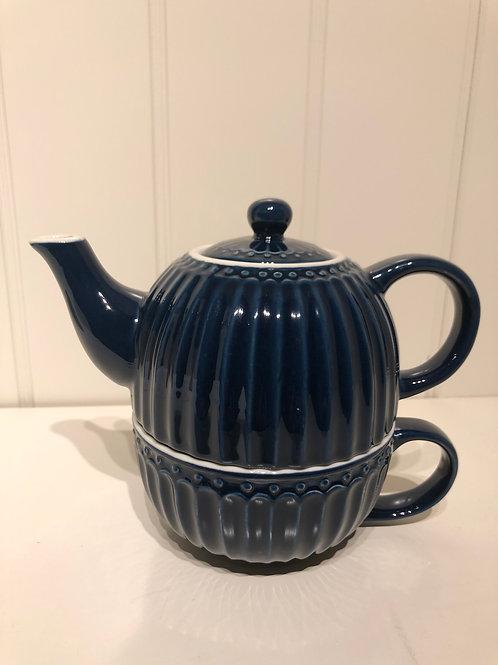 Tea for one alice dark blue
