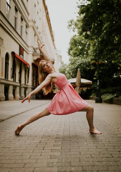 dance photography budapest Liszt Ferenc square