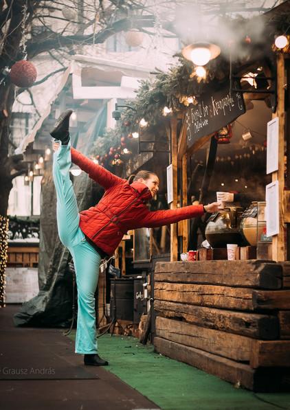 dance photography budapest Christmas fair