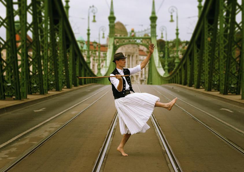 dance photography budapest folk dancer