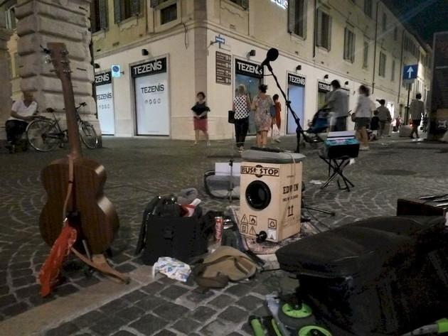 LiveSet_20170806_Pesaro_website.jpg