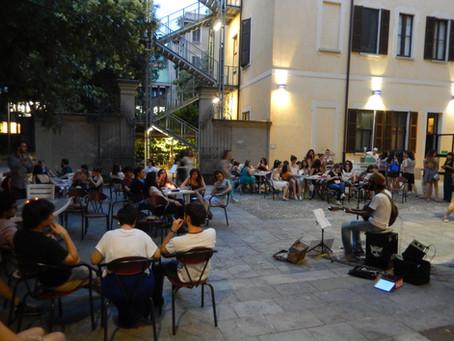 Al pensionato femminile (Milano)