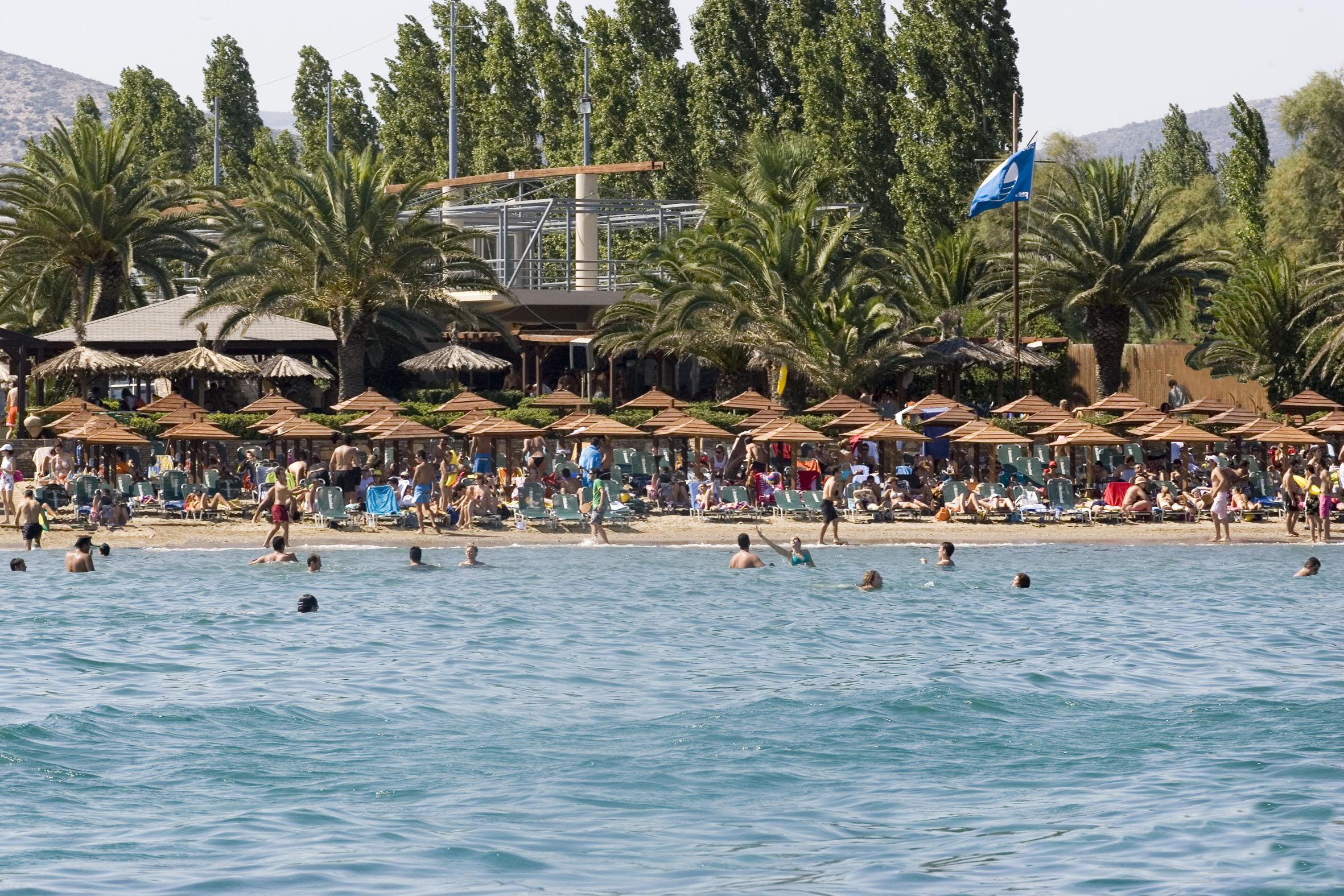 Beach bars and Taverns