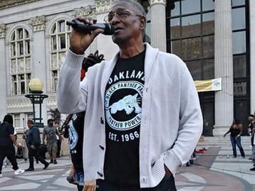 « Le Black Panther Party, c'est la création de modèles de survies »