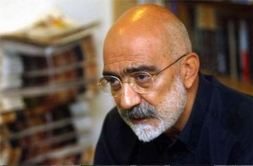 |Lu ailleurs| Le romancier turc Ahmet Altan condamné à perpétuité