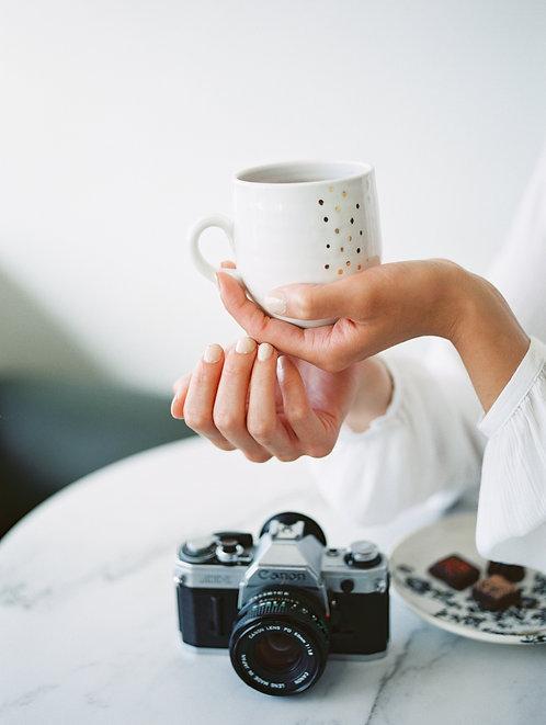 Lulu Lovely Mug (white and gold dots)