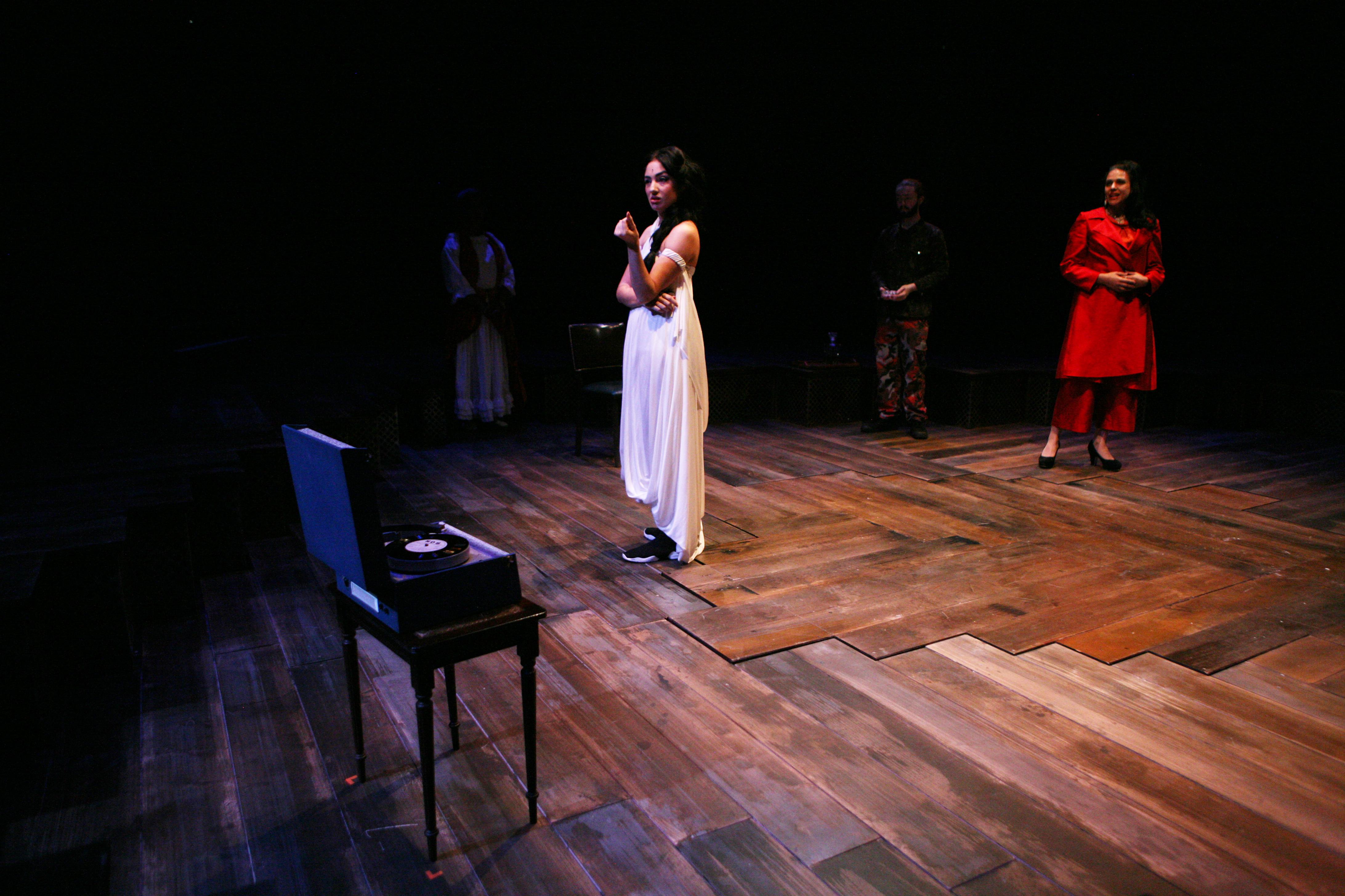 Zelina Rebeiro & Asha Kingsley in Romeo & Juliet, photo by Gary Calton GC280517144