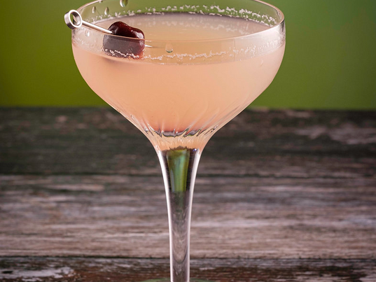 How the Strawberry Daiquiri Recipe Became the Ultimate Summer Cocktail