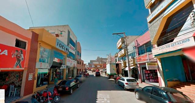 Loja de calçados é furtada no centro de Irecê/BA