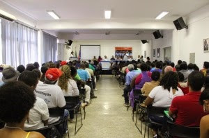 Aproximadamente 200 pessoas se reuniram em Irecê para debater as questões quilombolas | Foto: Rodrigo de Castro/Arquivo CAA