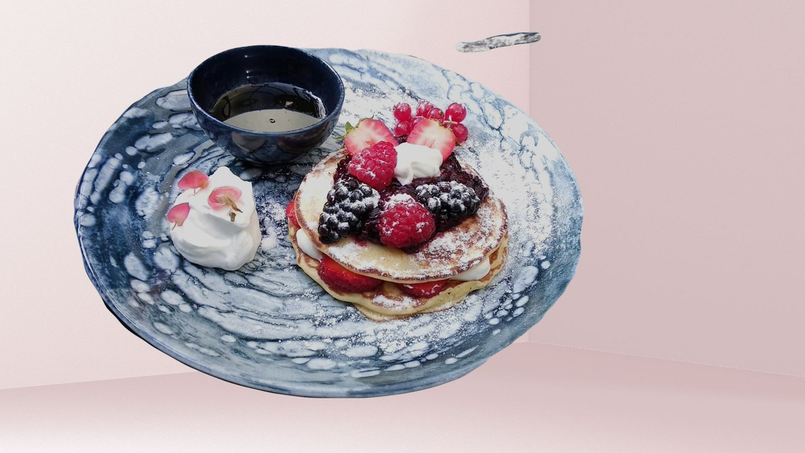 Pan Cake with Berry Fruit