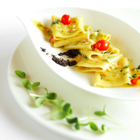 Paccheri with olives tapanada