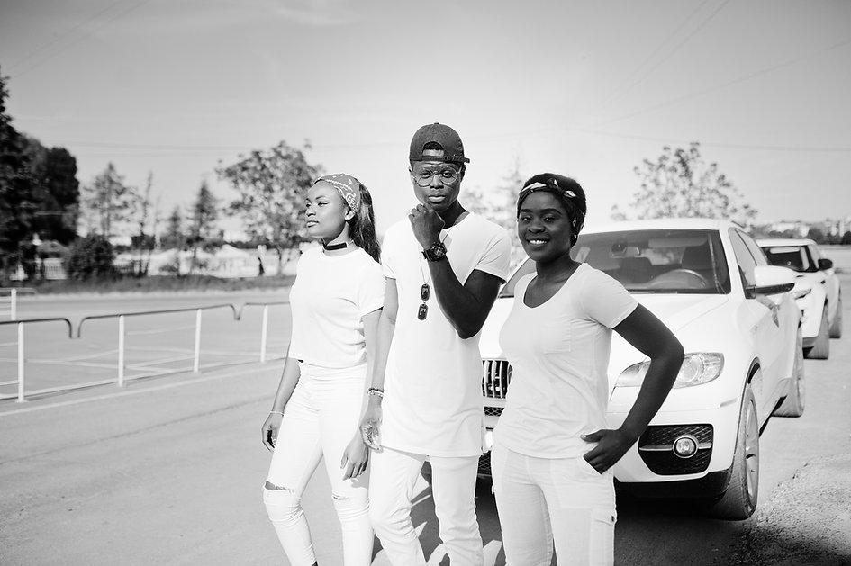 Black & White Street Fashion
