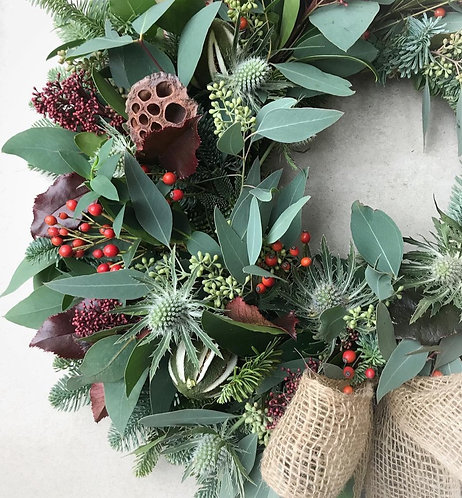 DIY kit - Berries,  thistles & cones