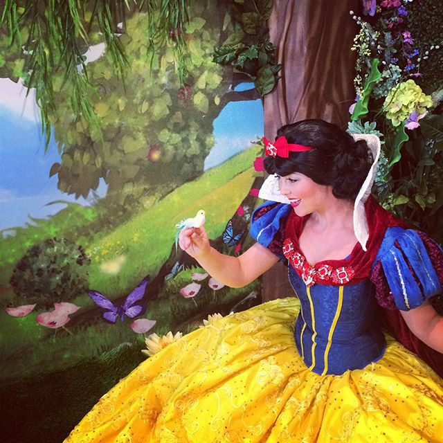 Snow White Princess Play