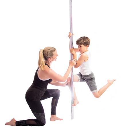 Steffi (Pole Sports Kids & Pole Choreo Trainerin)
