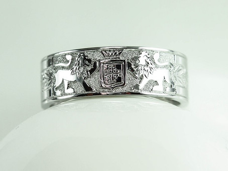 Hot off the Bench: Past Meets the Present with a Coat of Arms Wedding Band