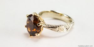 Zircon-yellow-gold-engraved-engagement-ring