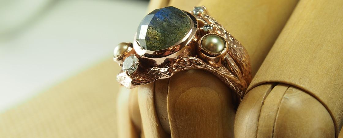 Labrodorite-Rose-Gold-Drift-Wood-Ring-We