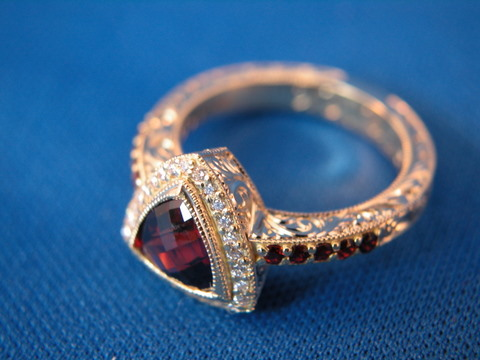 Trillian Garnet Ring