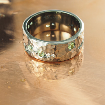 Hammered and Stone Peppered Band
