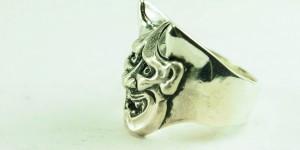 hand-carved-hannya-mask-ring