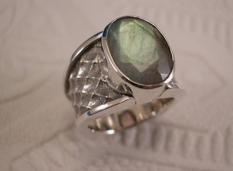 Custom™ Collection Sterling Silver and Labradorite Ring