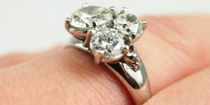 Skull-engagement-ring