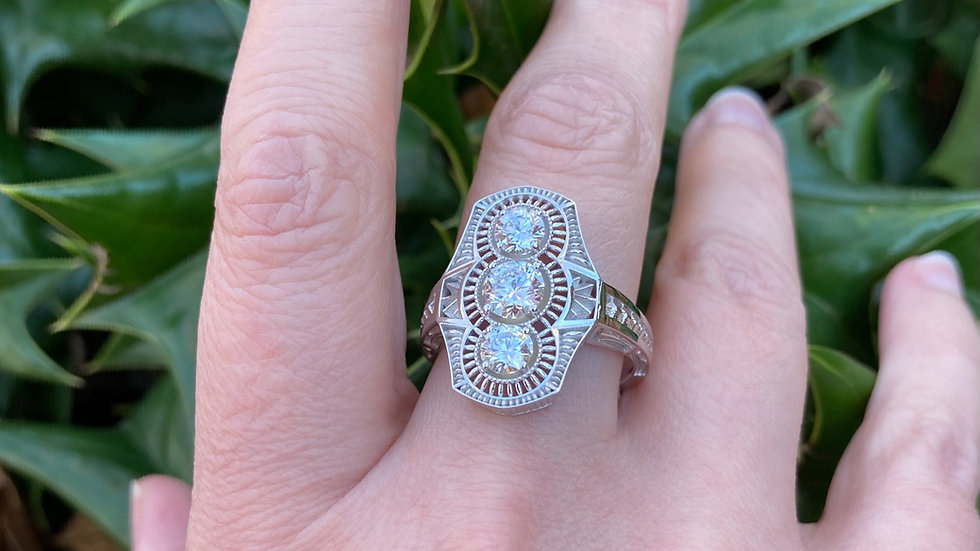 Art Deco 3 Stone Ring