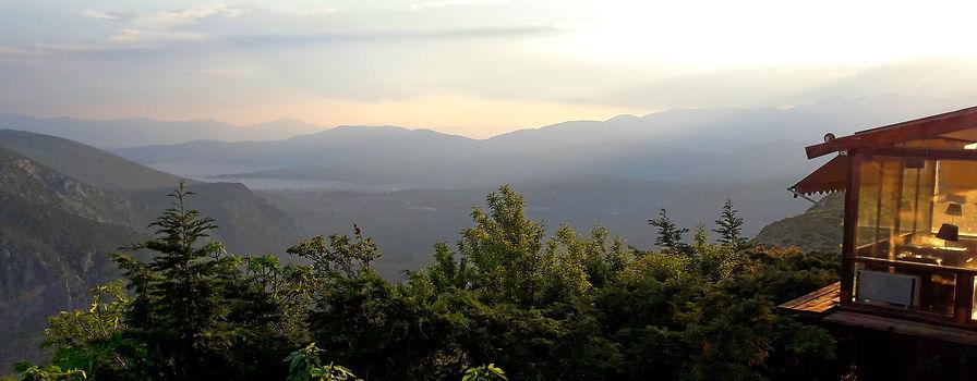 Delphi Tour, Parnassus