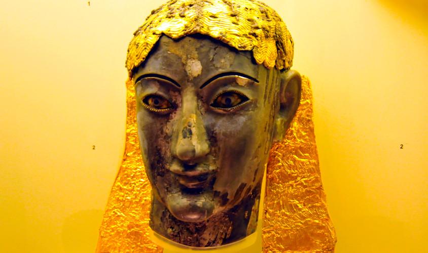 DELPHI MUSEUM / APOLLO