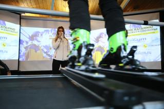 Выиграйте абонементы SkyTechSport на Лыжном салоне!