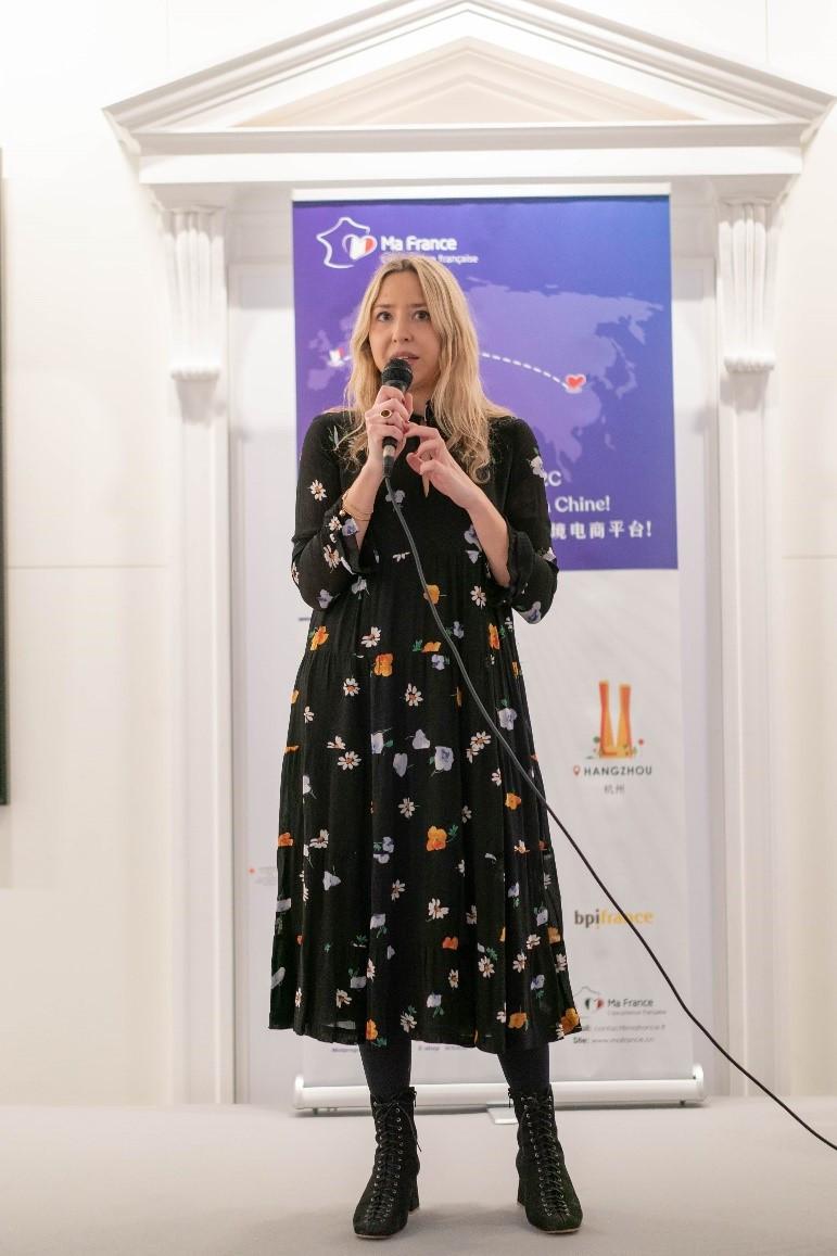 Victoire de Villiers fondatrice Louvreuse événement MaFrance avec Sophie Marceau