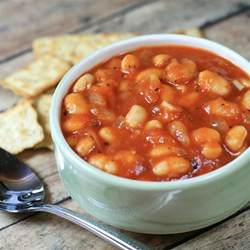 Basic tomato and bean soup