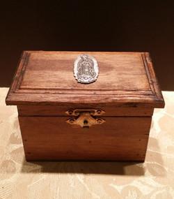 Wooden box -004
