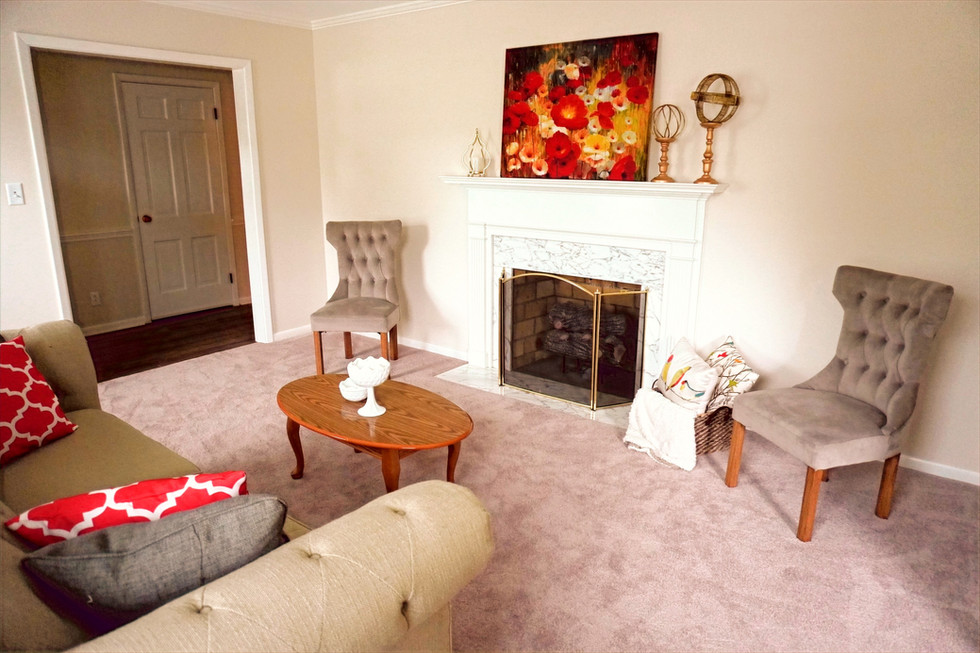 Vacant Staging - Living Room