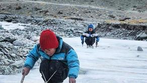 The Local ice Skate(ski)| Ladakh India