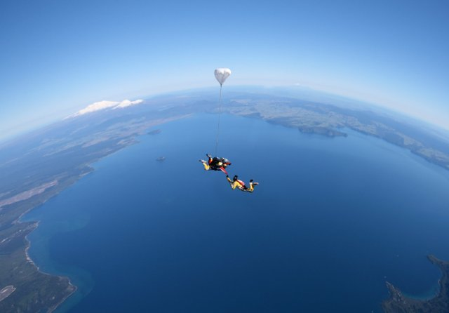 Skydiving over Great Lake Taupo - the No