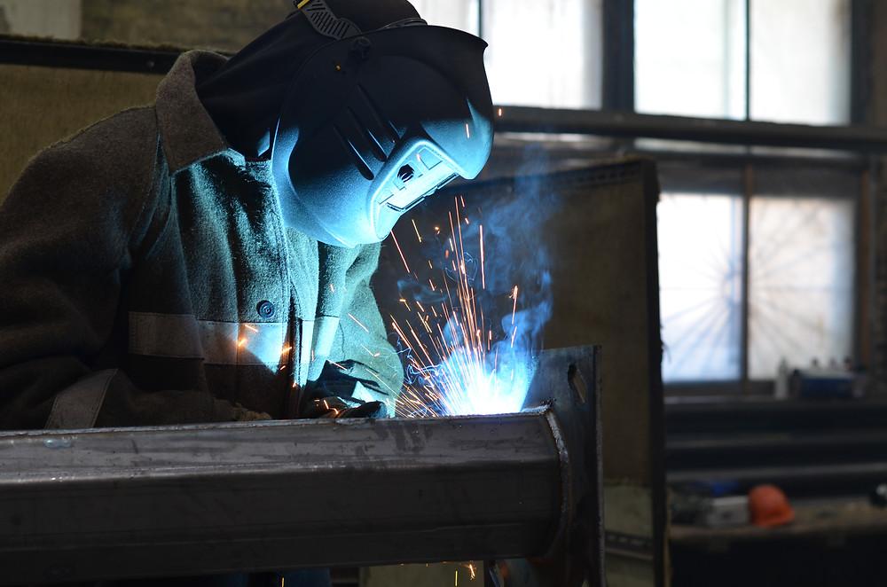 Производство металлических опор освещения