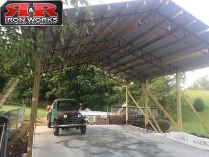 24x30 Standing Pole Barn